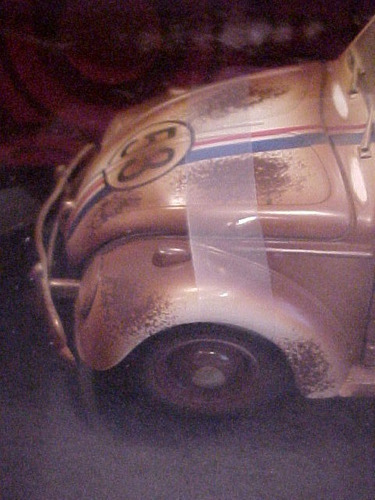 herbie se meu fusca falasse junkyard version love bug 1/18