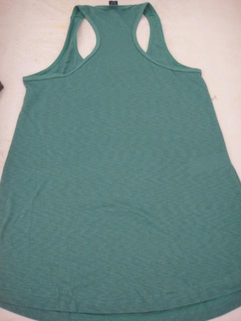 51beb06e71 Hering Camiseta Regata Cobre Legging - Algodão Verde - Nova - R  29 ...