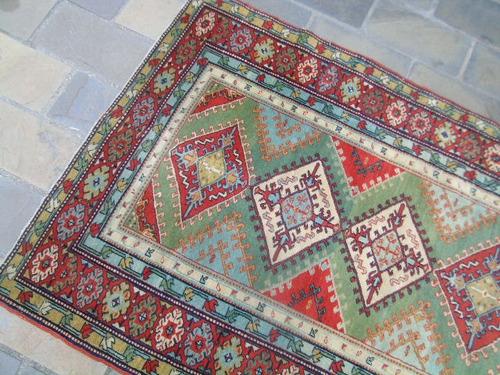 hermosa autentica y antigua  alfombra persa gran colorido