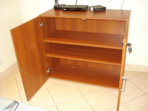 hermosa biblioteca en madera con estantes nueva !!