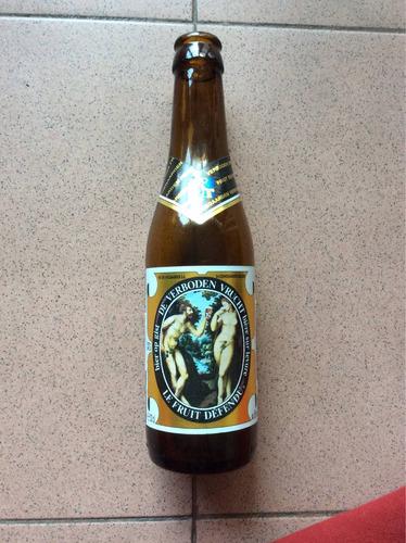 hermosa botella de colección. hoegaarden