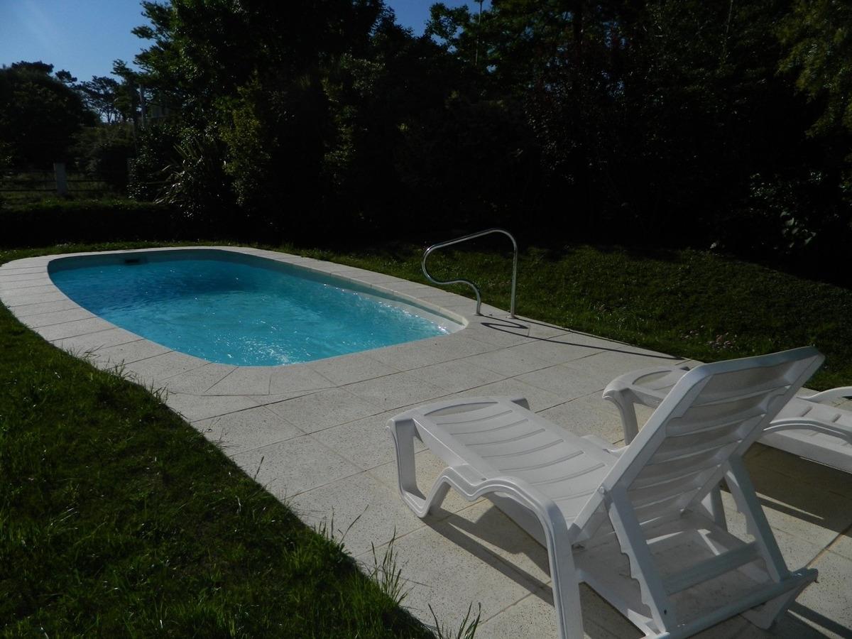 hermosa cabaña con piscina climatizada para disfrutar en fam