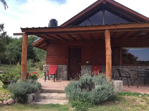 hermosa cabaña en capilla del monte - vista a los cerros