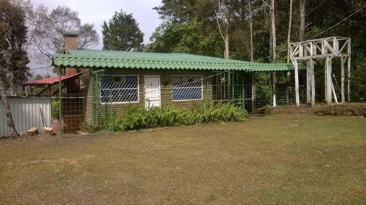 hermosa cabaña en el proyecto las cataratas don jorge.