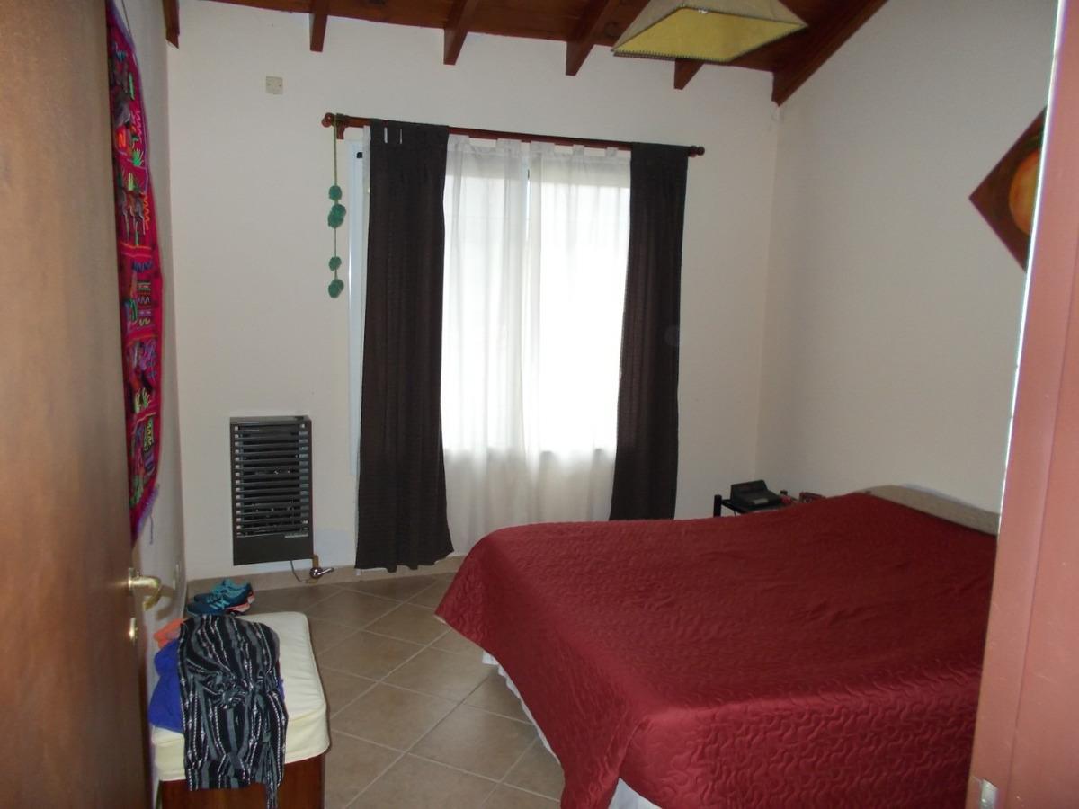 hermosa casa 2 dorm. b° sta. rosa . la falda cba
