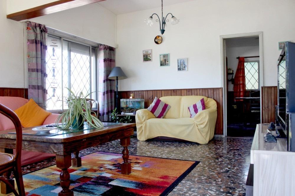 hermosa casa 2 dormitorios mas apto. a precio inmejorable