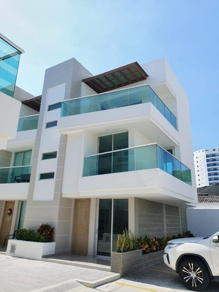 hermosa casa 3 habitaciones cerca al mar crespo cartagena