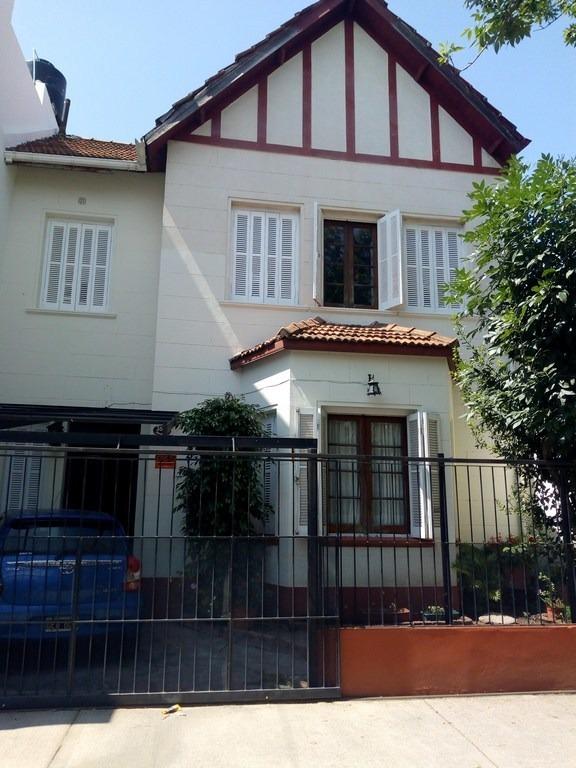 hermosa casa 5 amb en dos plantas s/8,66 x 17,50
