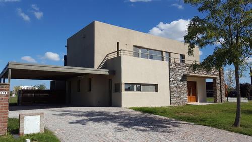 hermosa casa a estrenar - el canton - barrio islas