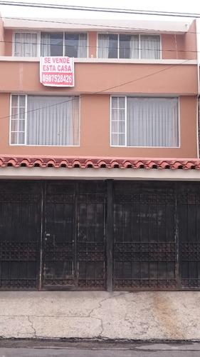 hermosa casa amplia ubicada en excelente sector de riobamb