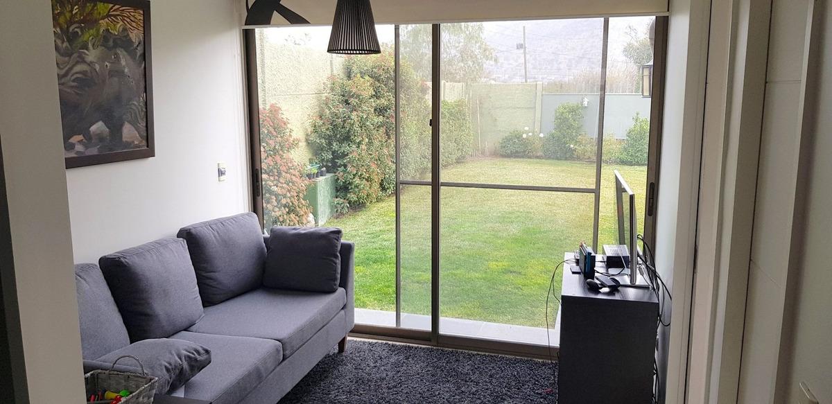 hermosa casa, amplio terreno 3d 3b 3e aire acondicionado