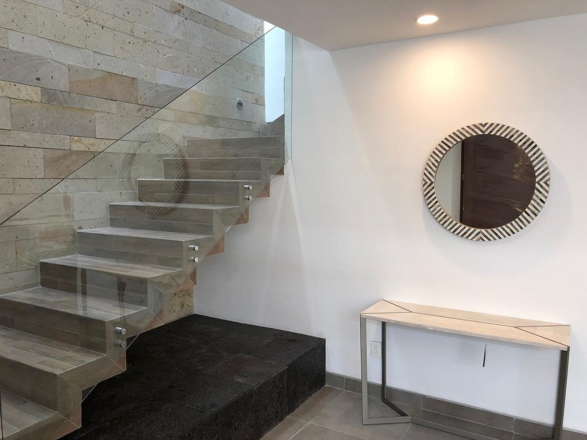 hermosa casa amueblada en renta en muralia residencial