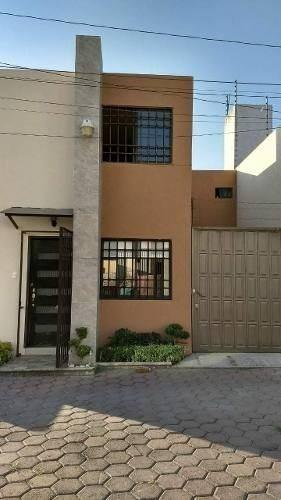hermosa casa atrás de plaza san diego. excelente ubicación!!