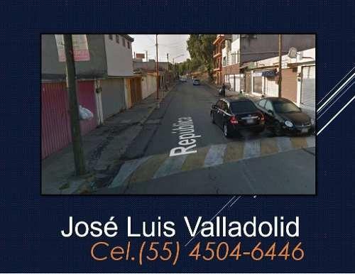 hermosa casa: calle republica, lomas boulevares tlalnepantla