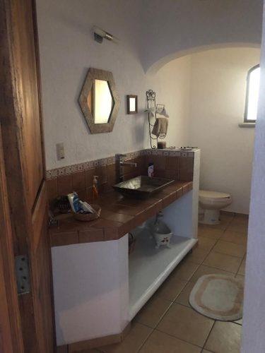 hermosa casa campestre en peña de bernal, querétaro. en la ruta del queso y vino