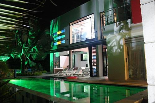 hermosa casa campestre en zona exclusiva
