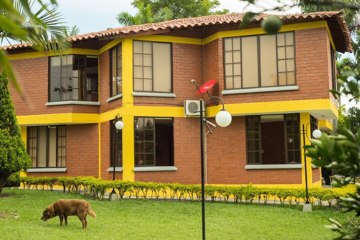 hermosa casa campestre via cerritos