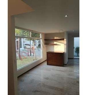 hermosa casa con grandes espacios, acabados e iluminación