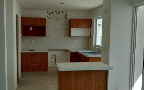 hermosa casa de 2 niveles 3 recamaras en venta ubicada en el mirador