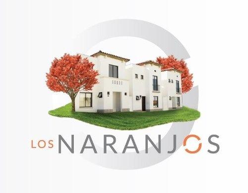 hermosa casa de 2 plantas en fracc. los naranjos de la colonia real del bosque, querã©taro