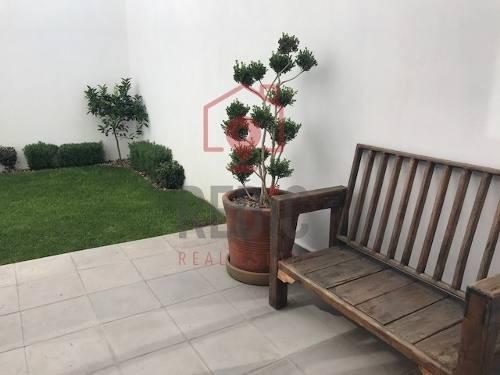 hermosa casa de 3 hab con jardín interior y roof garden en san miguel de allende