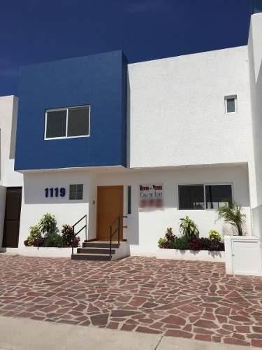 hermosa casa de 3 hab. + sala tv + amplia terraza en juriquilla