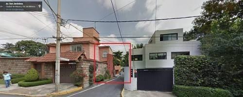 hermosa casa de 3 niveles en remate, aproveche!!