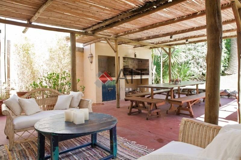hermosa casa de 4 dormitorios en zona del faro con vista al mar. imperdible. consulte.-ref:6317