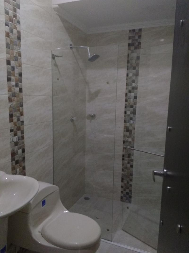 hermosa casa de dos pisos en condominio ubicado en barranqui