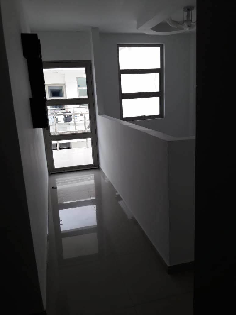 hermosa casa de dos pisos en conjunto cerrado. maicao.