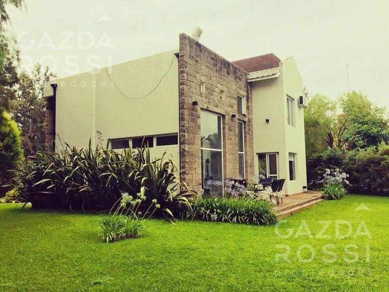 hermosa casa de estilo moderno en el lauquen