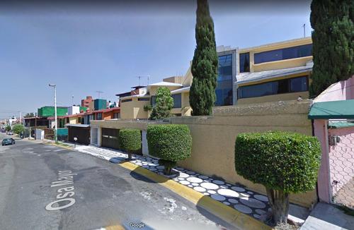 hermosa casa de remate bancario en zona exclusiva!