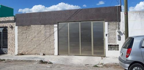 hermosa casa de una planta en venta en fracc. pensiones