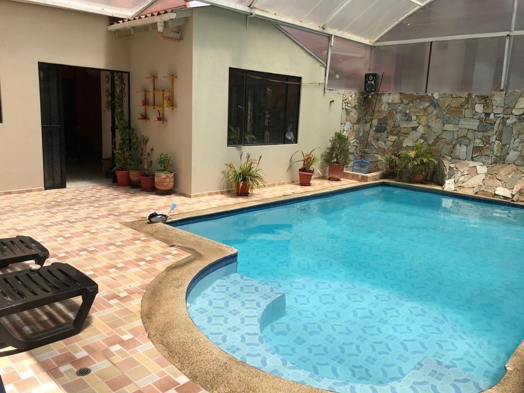 hermosa casa de verano en el pedregal nariño con piscina