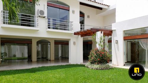 hermosa casa en alquiler barrio las palmas