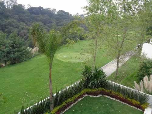 hermosa casa en bosque real junto al campo de golf