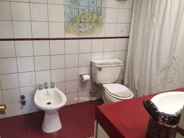 hermosa casa en condominio / carlos silva vilsósola