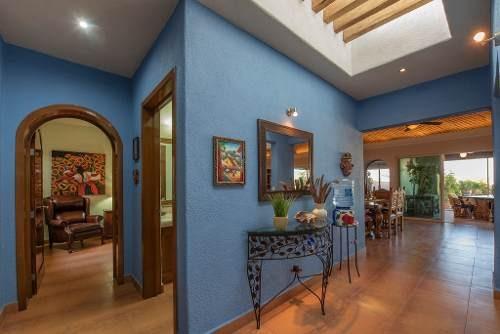 hermosa casa en el condominio puerta arroyo, con seguridad 24/7 y casa club