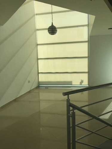 hermosa casa en el mirador, sótano, 3 recámarasa, cto serv, c.245 m2