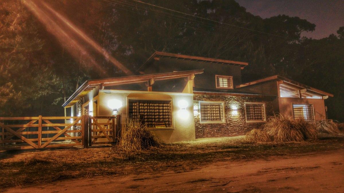 hermosa casa en el pinar de la lucila del mar , 7 personas