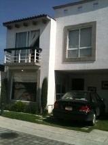 hermosa casa en fraccionamiento