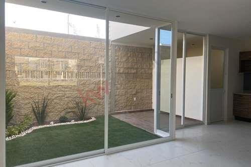 hermosa casa en fraccionamiento plaza bosques/ villa de pozos / hermosa casa/ lamudi / vivanuncios / icasas / inmuebles 24 / mitula.