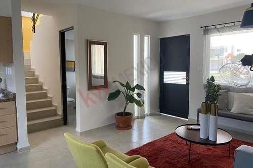 hermosa casa en fraccionamiento plaza bosques / villa de pozos / lamudi / vivanuncios / icasas / inmuebles 24 / mitula.