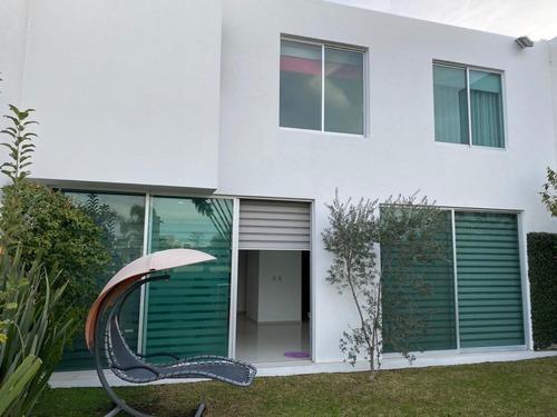 hermosa casa en fraccionamiento  villa verona