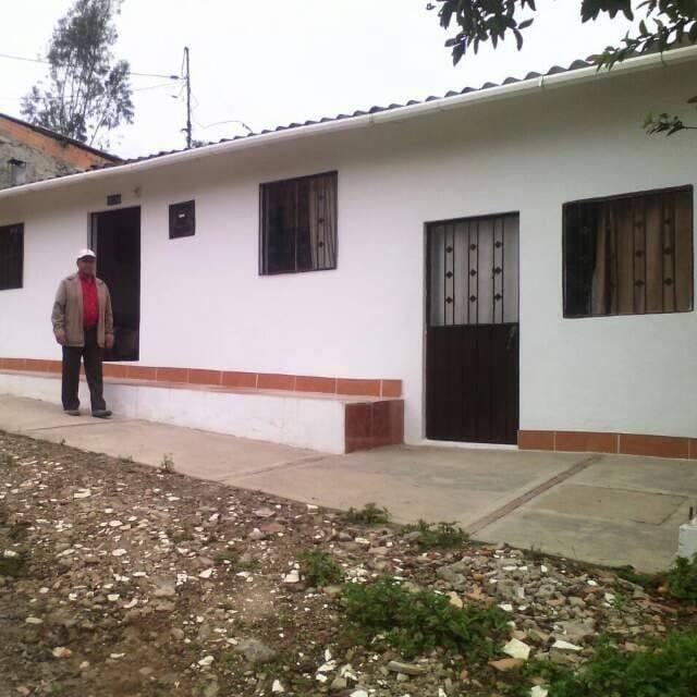 hermosa casa en gacheta,cundinamarca con excelentes vistas.