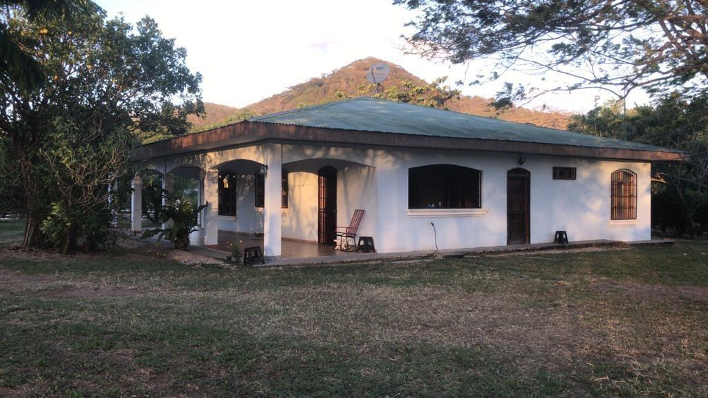 hermosa casa en guanacaste