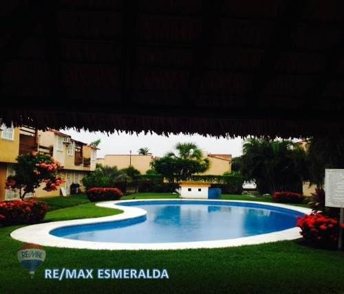 hermosa casa en ixtapa zihuatanejo