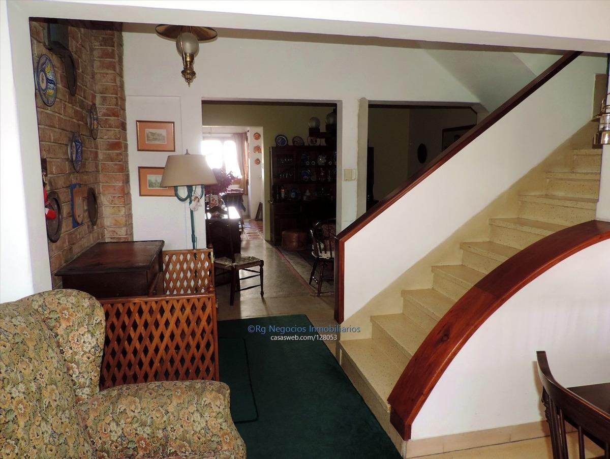 hermosa casa en malvin, excelente punto, oportunidad