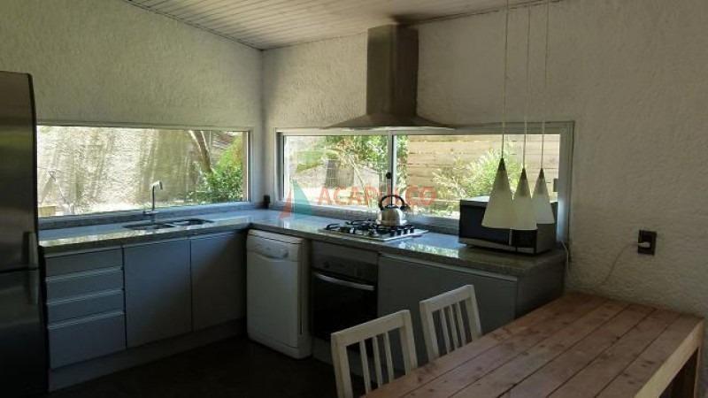 hermosa casa en manantiales -ref:2230
