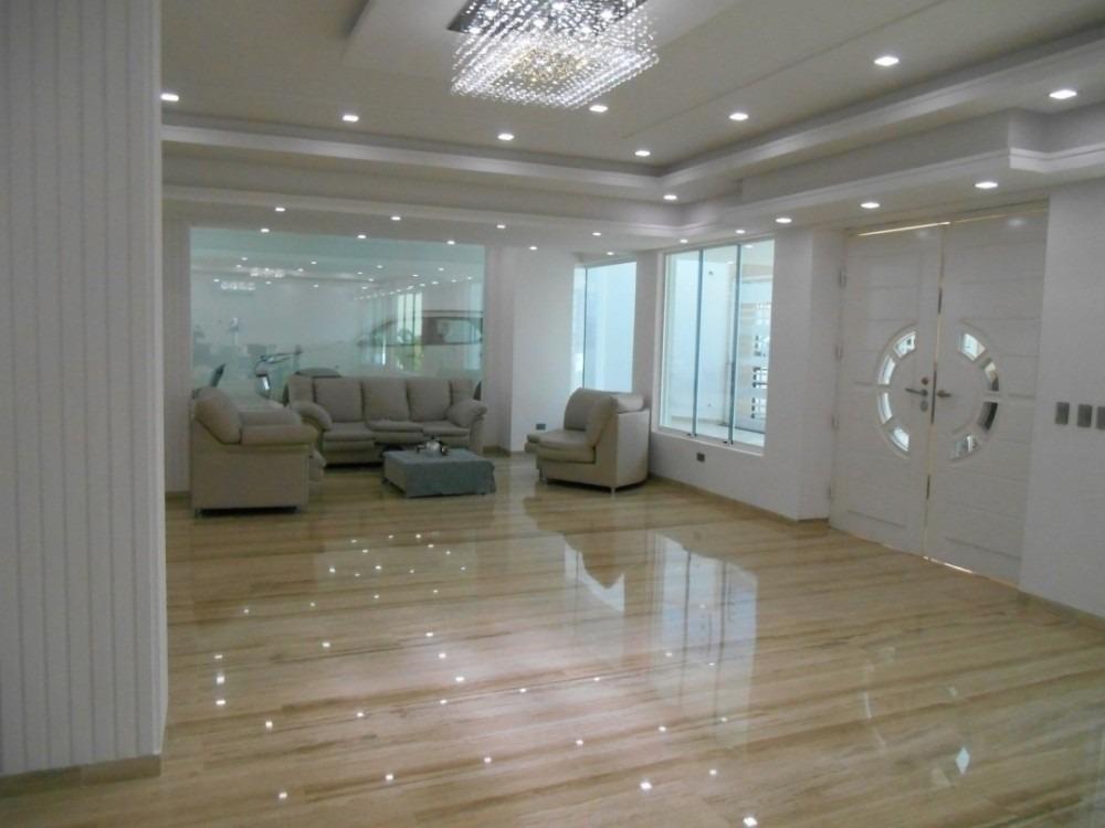 hermosa casa en prebo ii, de 495 m2.